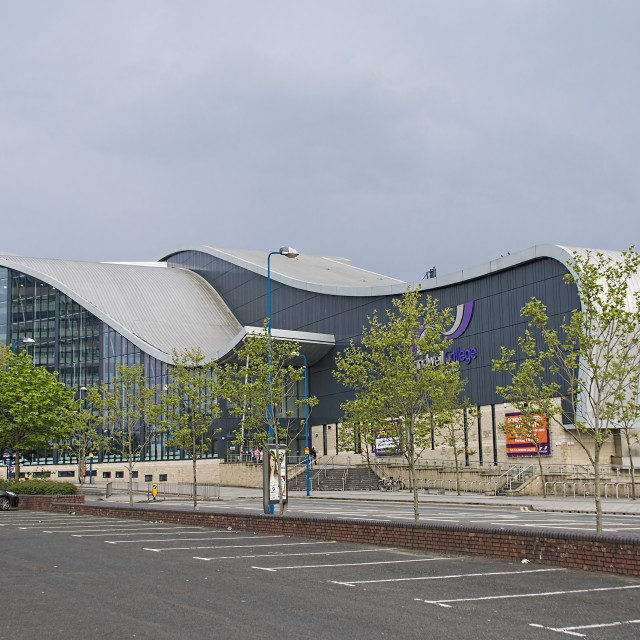 """""""Sandwell College front view."""" stock image"""