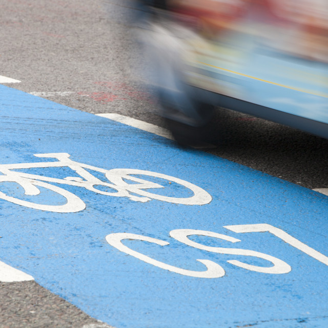 """A Cycle Superhighways, in this case the CS7 that goes from Southwark bridge..."" stock image"