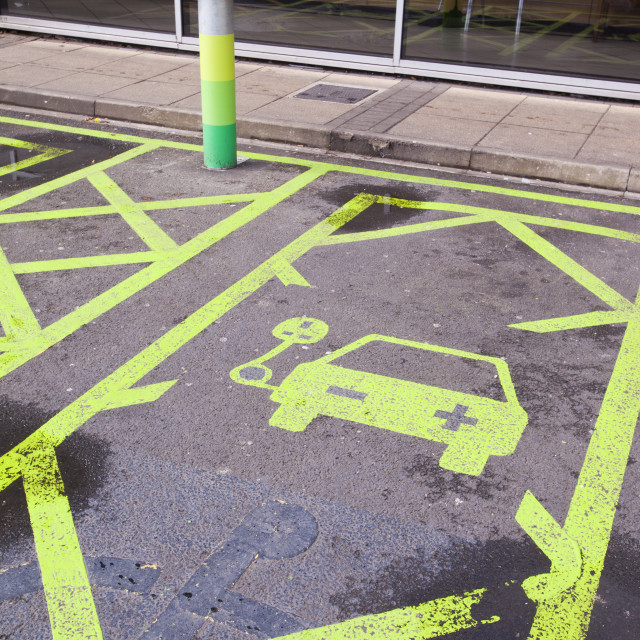 """""""An electric car recharging station at the Charnock Richard M6 motorway..."""" stock image"""