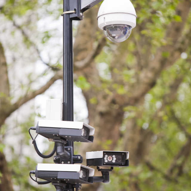 """CCTV cameras round the American Embassy in Grosvenor Square, Mayfair, London,..."" stock image"