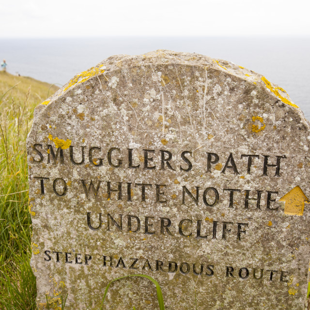 """""""A sign for an old smugglers path on the White Nothe, near Lulworth, on the..."""" stock image"""