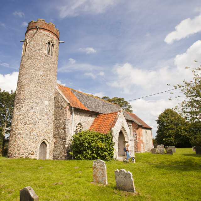 """St Peter and Pauls church in Sustead, Norfolk, UK, is an ancient saxon round..."" stock image"