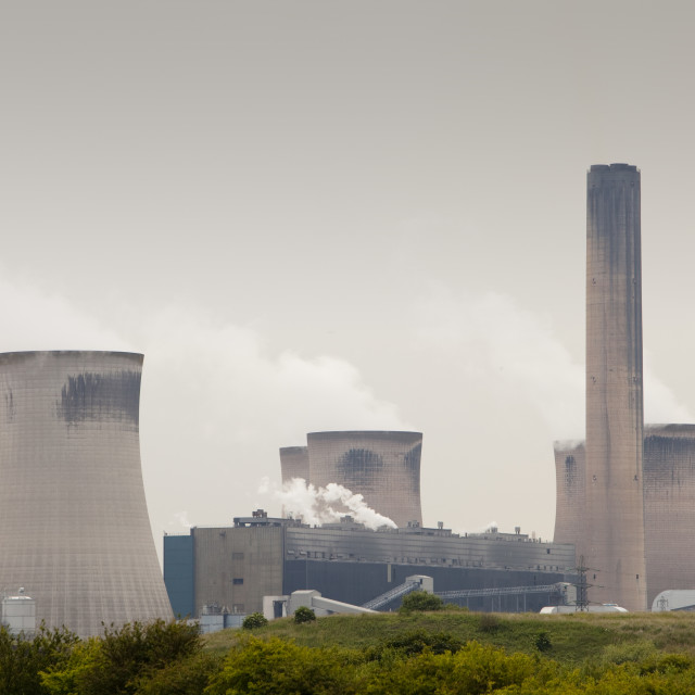 """Fiddlers Ferry coal fired power station near Warrington, UK"" stock image"