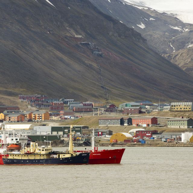 """Housing in Longyearbyen and capital of Spitsbergen, Svalbard, with an old..."" stock image"