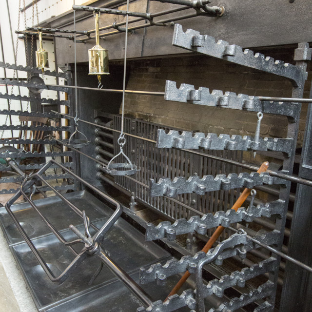 """A massive Victorian range and rotisserie in the kitchen at Lanhydrock a..."" stock image"