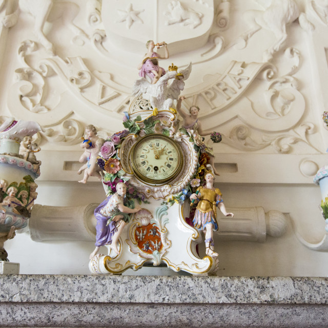 """Antique porcelain at Lanhydrock a country residence dating from the 1600's in..."" stock image"
