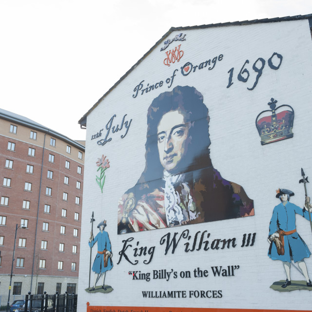 """Belfast Northern Ireland Mural deidcated to King William III (Willem van Oranje) and referring to the Battle of the Boyne in which his forces defeated those of Catholic James II"" stock image"