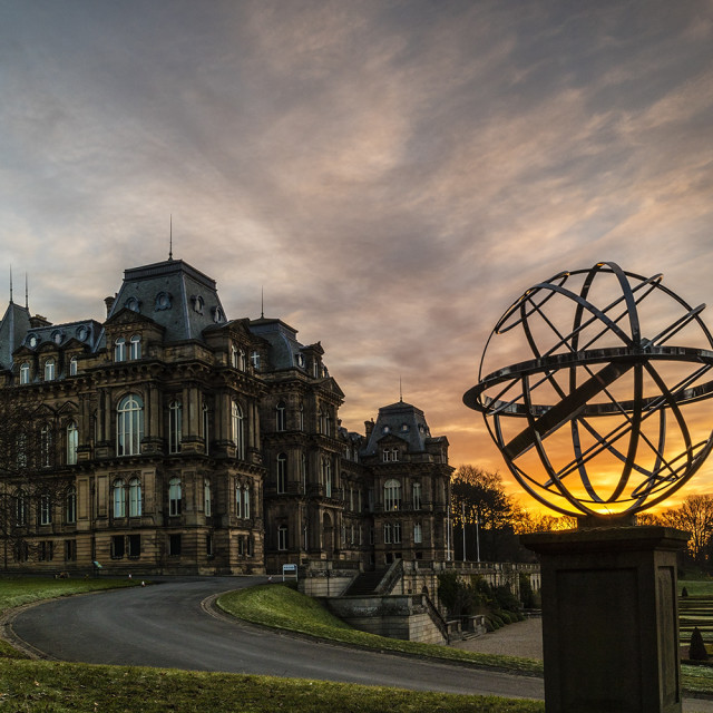 """""""Dawn light illuminating the Amillary Sphere Memorial to HM Queen"""" stock image"""