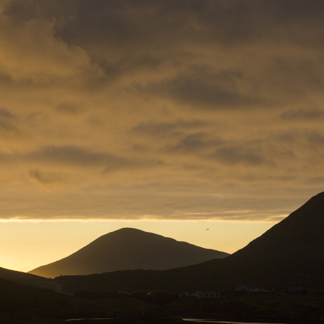 """""""Looking out towards Chalpaval peak from Leverburgh, Isle of Harris, Outer..."""" stock image"""
