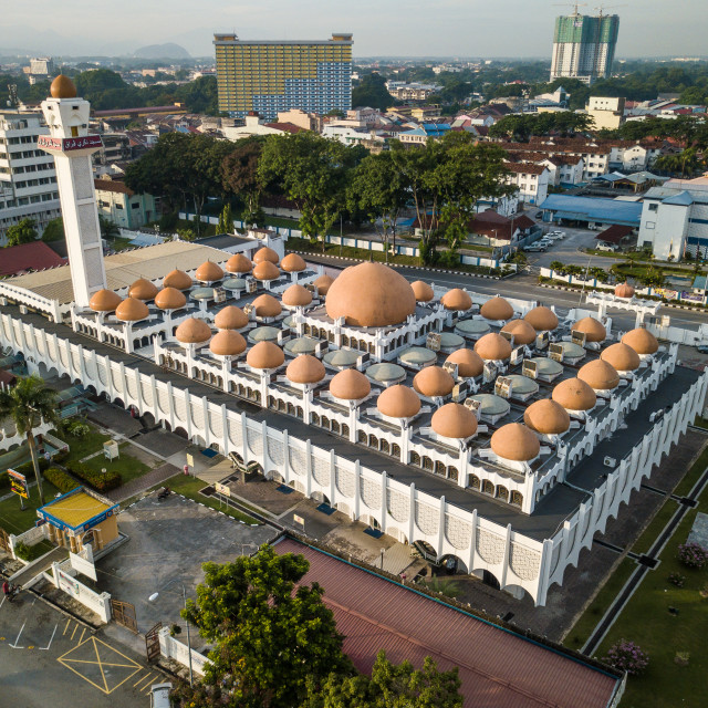 """Aerial Photo - Sultan Idris Shah II Mosque in Ipoh, some 180 km away from..."" stock image"