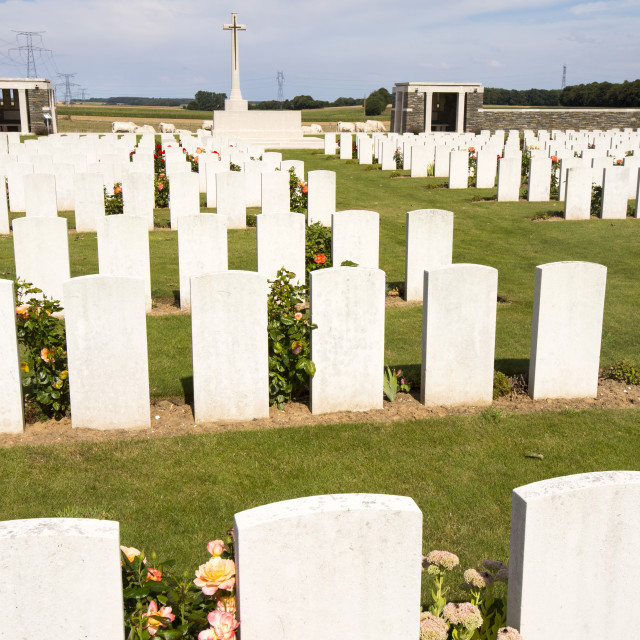 """""""First World War graves at a cemetary on the Somme, Northern France."""" stock image"""
