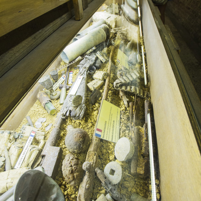 """""""Artefacts in the underground Battle of the Somme museum in Albert, which is..."""" stock image"""