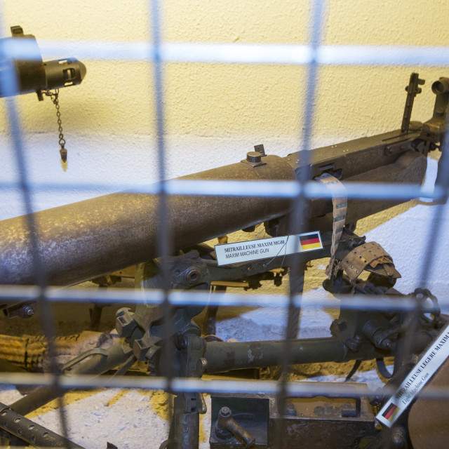 """Machine guns at the underground Battle of the Somme museum in Albert, which..."" stock image"