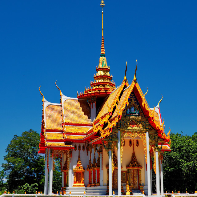 """""""Gorgeous Thai temple in the middle of a pond"""" stock image"""