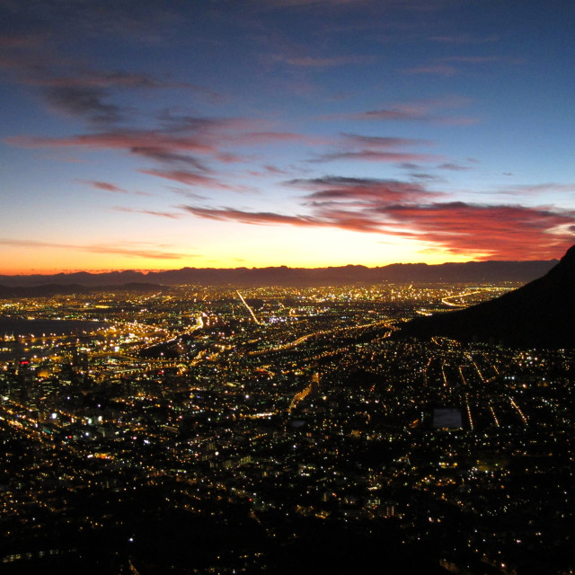 """sunrise over the city of Cape Town, South AfricaMarch 16, 2010{iptc..."" stock image"