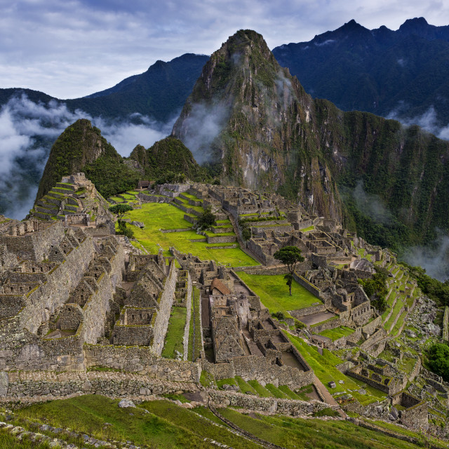 """""""View of Machu Picchu and the surrounding mountains above the Sacred Valley, in Peru, South America"""" stock image"""