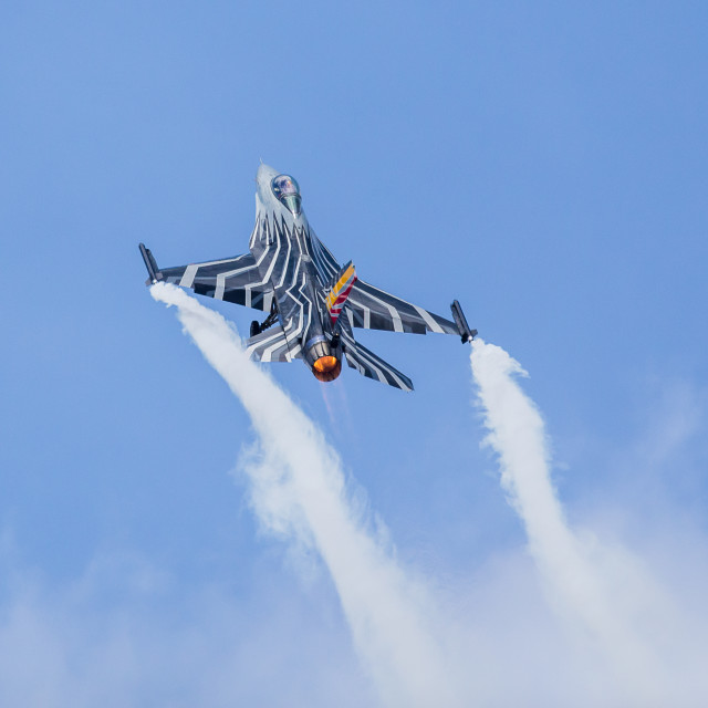"""""""Belgian F-16 solo display climbs into the sky"""" stock image"""
