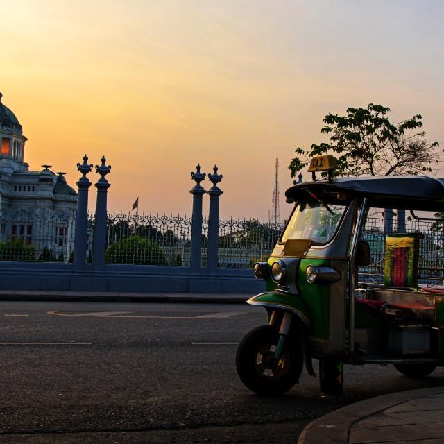 """""""Tuk tuk at Ananta Samakhom Throne Hall"""" stock image"""