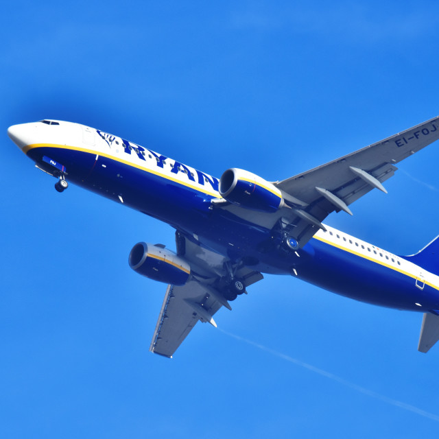 """""""Airplane of Ryanair approaching the airport"""" stock image"""