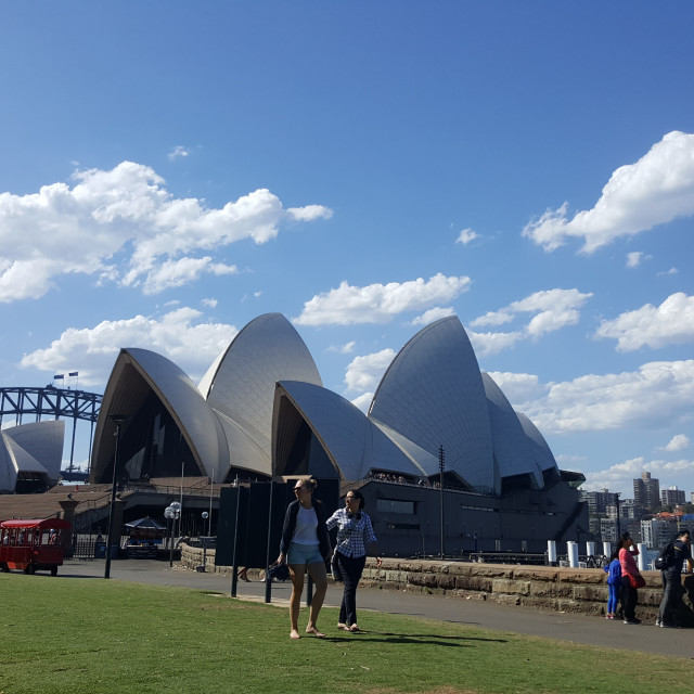 """Sydney Opera House Framed on a Beautiful Day"" stock image"