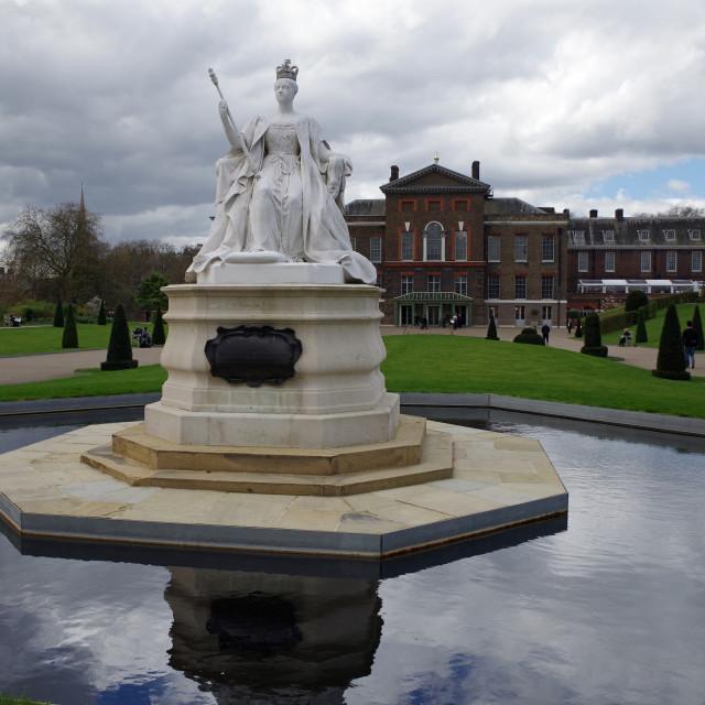 """Queen Victoria - Kensington Gardens"" stock image"