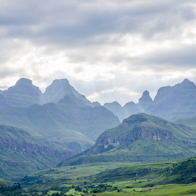 """Tour durch die Drakensberge in Südafrika"" stock image"