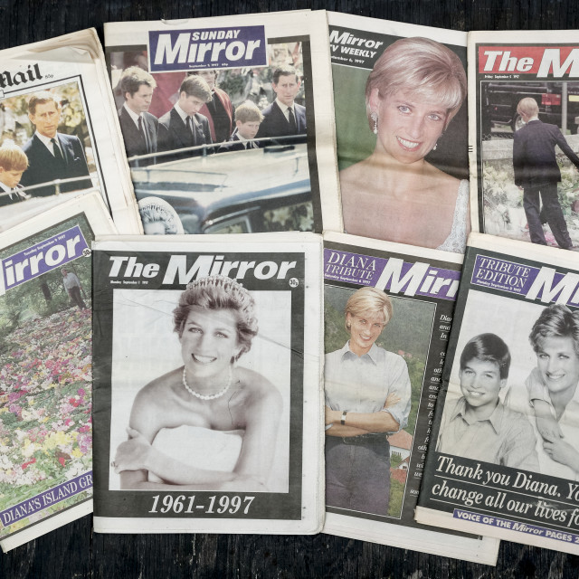 """British Newspaper front covers reporting the Death of Princess Diana"" stock image"