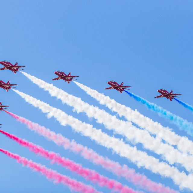 """""""The Red Arrows depart in Big Battle formation"""" stock image"""