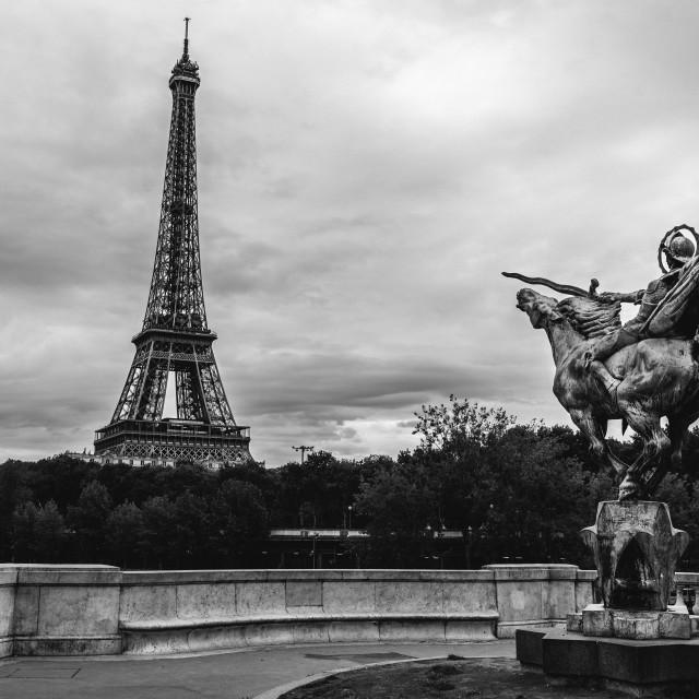 """Pont de Bir-Hakeim, Paris."" stock image"
