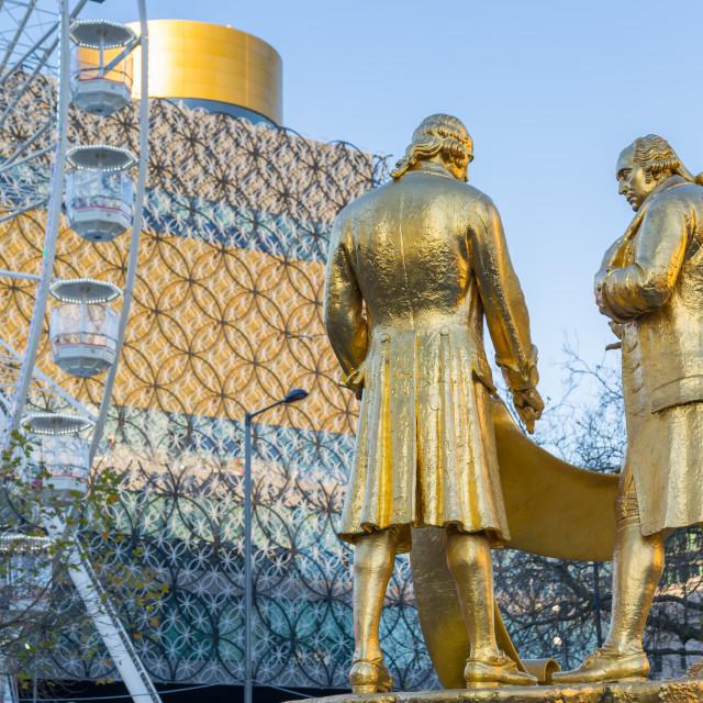"""Boulton, Murdoch and Watt statue and Public Library Birmingham, West..."" stock image"