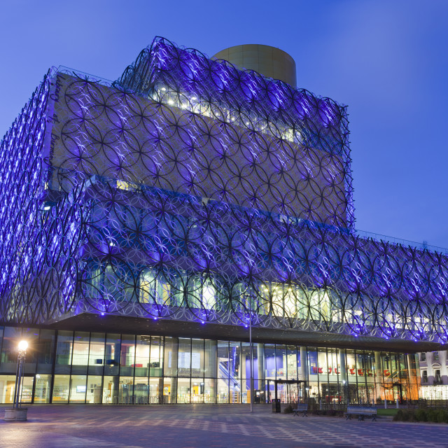 """The Library of Birmingham, illuminated at night, Centenary Square,..."" stock image"
