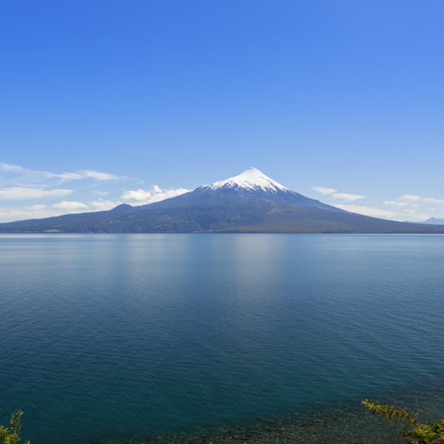 """""""The 2,652-metre tall Osorno Volcano in northern Patagonia near Puerto Montt -..."""" stock image"""