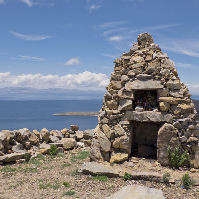 """Traditional Inca first nation stone altar on the Island of the Sun on Lake..."" stock image"