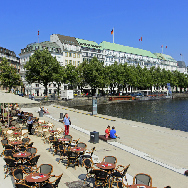 """Binnenalster and Hotel Vier Jahreszeiten, Hamburg, Germany"" stock image"