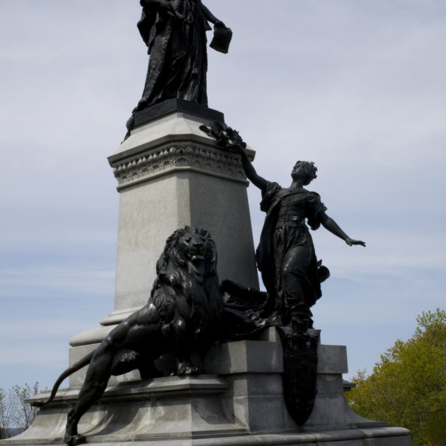 """Statue Of Queen Victoria, Parliament Grounds, Ottawa, Ontario, Canada"" stock image"