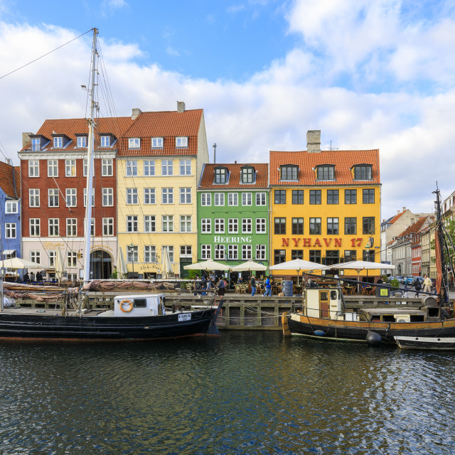 """Colourful facades along canal and entertainment district of Nyhavn,..."" stock image"