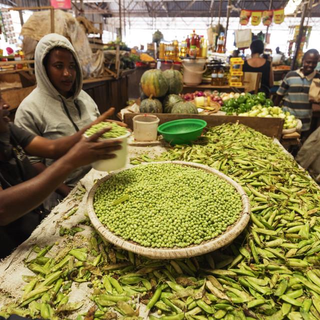 """Africa, Rwanda, Kigali, fresh produce market, peas"" stock image"