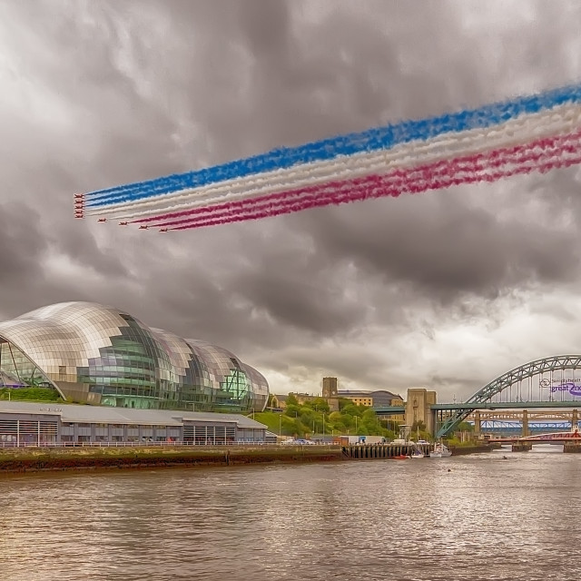 """Red Arrows over the Tyne"" stock image"