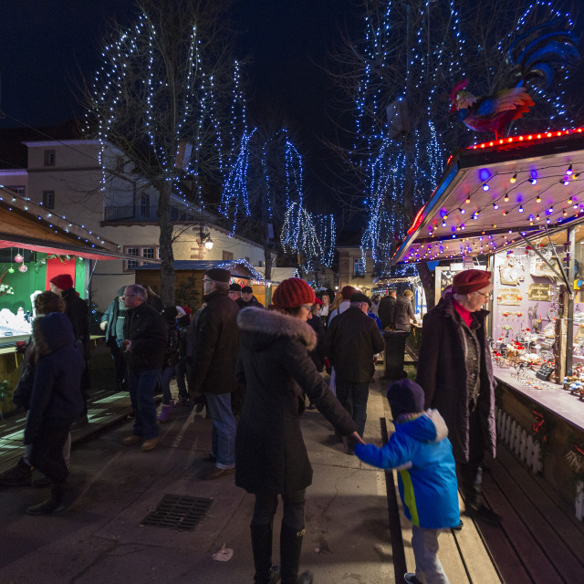 """""""Tourists and Christmas Markets in the old medieval town of Riquewihr..."""" stock image"""