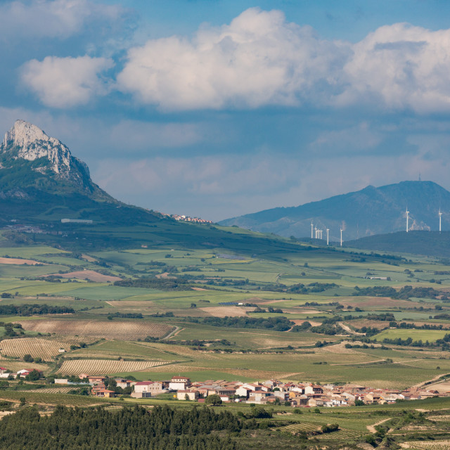 """Small village in La Rioja with the Sierra de Cantabria mountains near..."" stock image"
