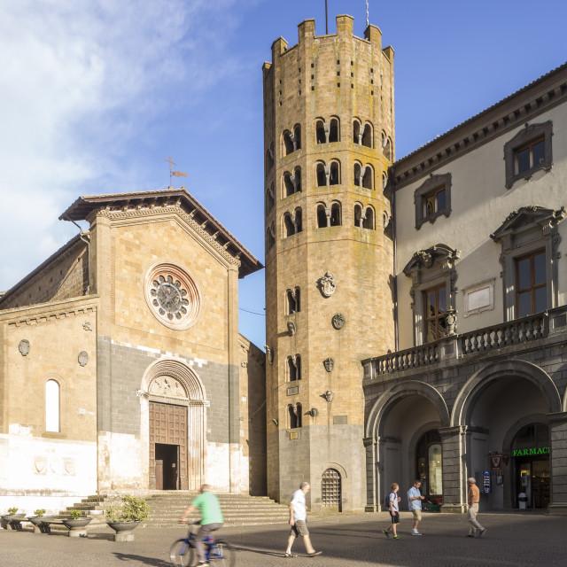 """""""Chiesa San Andrea, Piazza della Repubblica, Orvieto."""" stock image"""