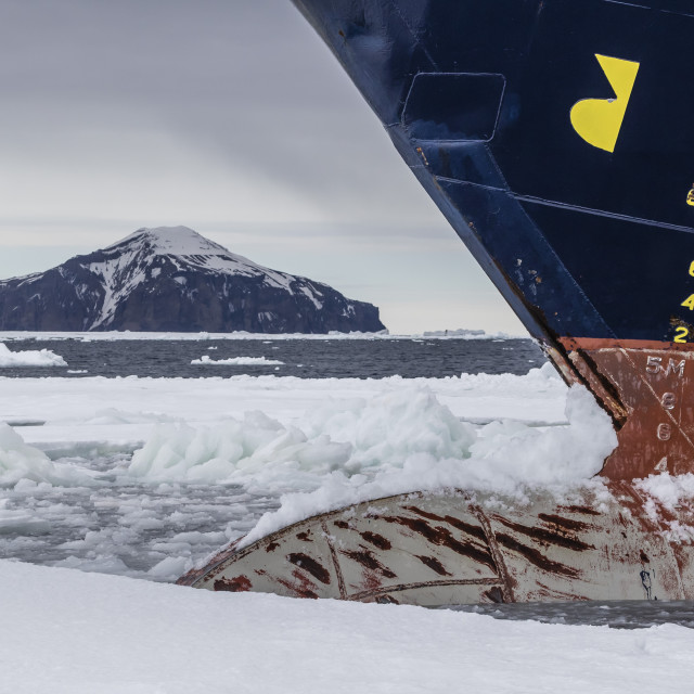 """The Lindblad Expeditions ship National Geographic Explorer in Shorefast Ice,..."" stock image"