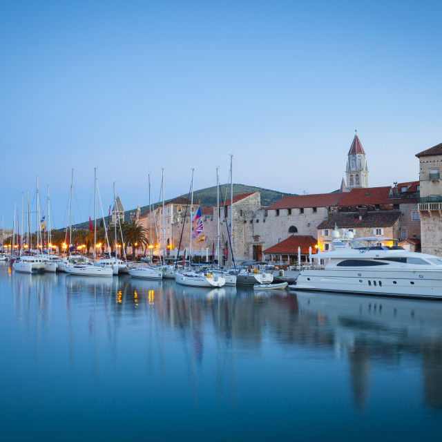 """Trogir's historic Stari Grad (Old Town) defensive walls and harbour, UNESCO..."" stock image"