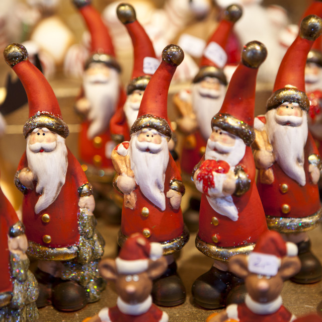 """""""Father Christmas ornaments at Christmas market, Winter Wonderland, in Hyde..."""" stock image"""