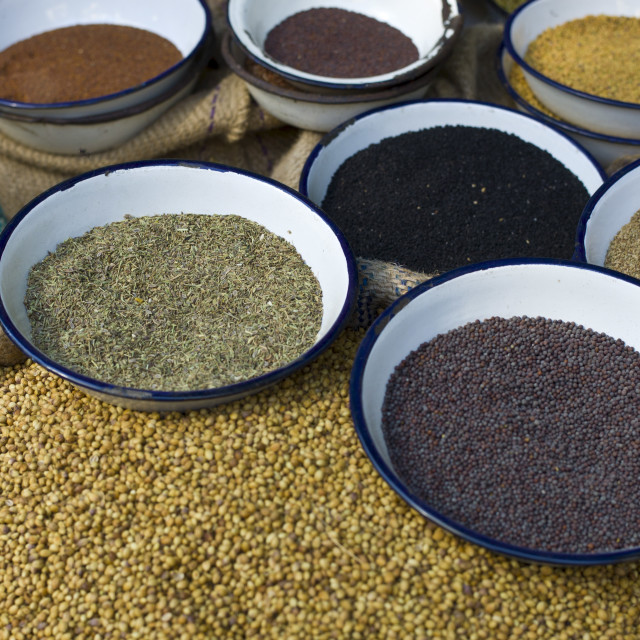 """Peppercorns, fenugreek, mustard, coriander at Khari Baoli Spice and Dried..."" stock image"