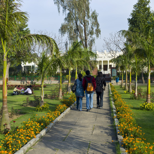 """""""Indian students at Delhi University in former Viceroy's Residence, New Delhi,..."""" stock image"""
