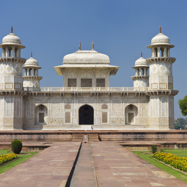 """Tomb of Etimad Ud Doulah, 17th Century Mughal tomb built 1628, Agra, India"" stock image"
