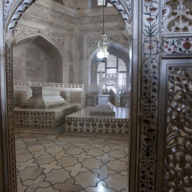 """The Taj Mahal mausoleum marble tomb caskets of Shah Jahan and Mumtaz Mahal ,..."" stock image"