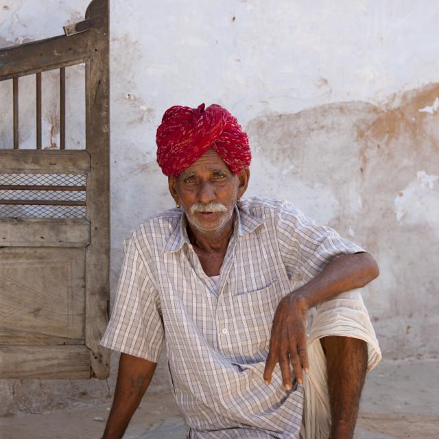 """""""Indian man wearing traditional Rajasthani turban in village of Nimaj,..."""" stock image"""