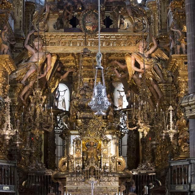 """High altar, botafumeiro and crypt in the Roman Catholic cathedral, Catedral..."" stock image"
